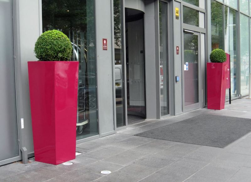 Tall square Cubis Planters outside the Crowne Plaza London Docklands Hotel