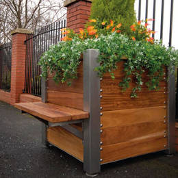 Made by hand in the UK these premium exterior plant containers have stainless corners & optional seats